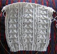 gilet lace: sleeve & stitch pattern